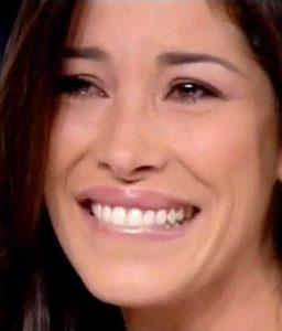 Aida Yespica Piange in Diretta - Ho Vissuto la Povertà
