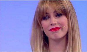 Alessia Cammarota Risponde alle Critiche sul Web - Ti Giudicheranno Sempre Tutti.