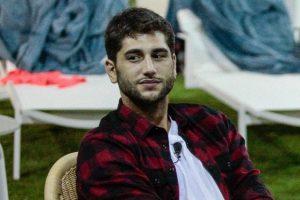 Jeremias Rodriguez Potrebbe Essere Ospite di Maria De Filippi - In Crisi con la Fidanzata Sara.