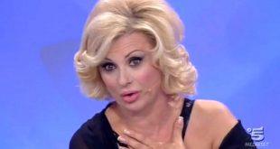 Tina Cipollari Lancia un Ultimatum al Marito - Bisogna Salvare il Matrimonio.